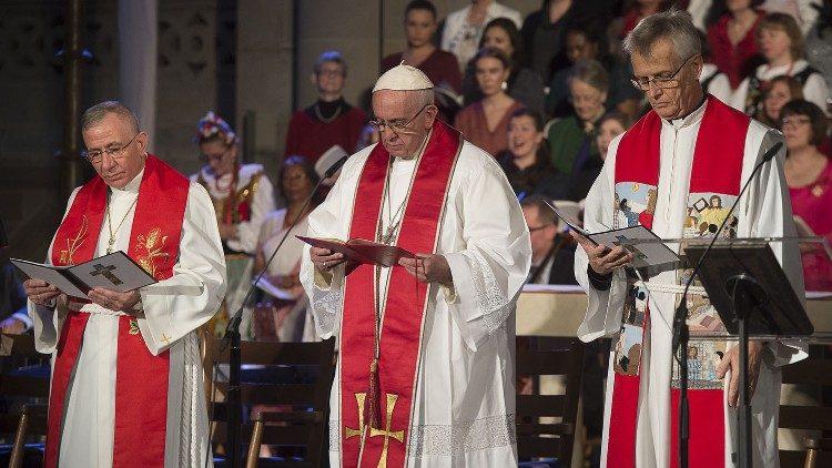 Le pape encourage les luthériens à passer du «conflit à la communion»