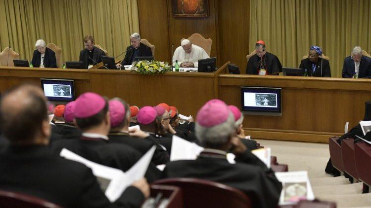 Le Vatican présente son groupe de travail pour la protection des mineurs