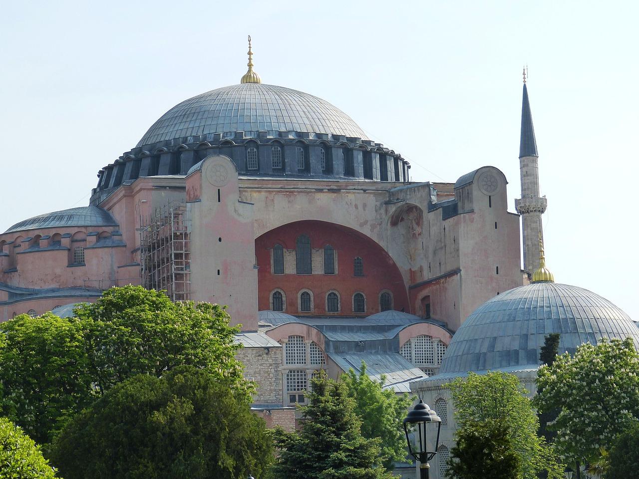 Hagia Sophia : le Haut-Comité pour la fraternité humaine proteste